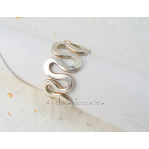 Freeform Squiggle Finger Ring in solid 925 sterling silver