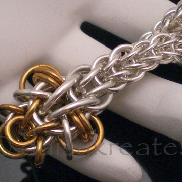 "Special feature of chainmaille ""viper"""