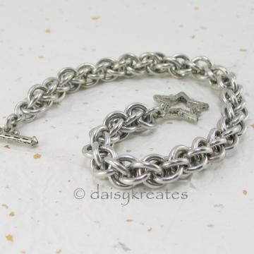 JPL 3 Bracelet, 7 1/4-inch long, toggle closure