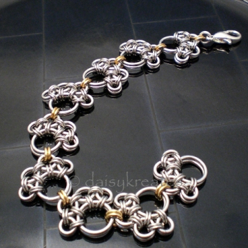 Paw Prints Chainmaille Bracelet with Mixed Metals